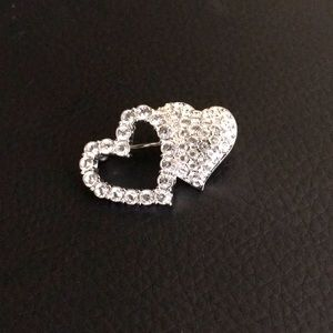 Vintage Swarovski crystal brooch ❤️